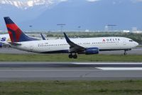 Photo: Delta Air Lines, Boeing 737-800, N3745B