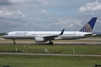 Photo: United Airlines, Boeing 757-200, N58101