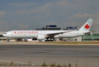 Photo: Air Canada, Boeing 777-300, C-FIUR