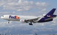 Photo: Federal Express / FedEx Express, McDonnell Douglas MD-10 Freighter, N562FE