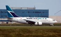 Photo: WestJet, Boeing 737-600, C-GWCQ