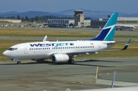 Photo: WestJet, Boeing 737-700, C-FWAQ
