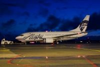 Photo: Alaska Airlines, Boeing 737-700, N614AS