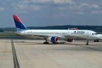 Photo: Delta Air Lines, Boeing 757-200, N757AT