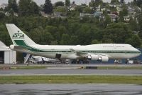 Photo: Saudi Arabian Royal Flight, Boeing 747-400, HZ-WBT7