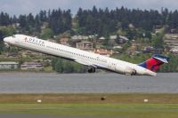 Photo: Delta Air Lines, McDonnell Douglas MD-90, N914DN