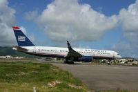 Photo: USAir, Boeing 757-200, N206UW