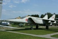 Photo: Belarus - Air Force, MiG MiG-25, Red 19