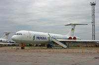 Photo: Ukrainian Air Force, Ilyushin IL-62, UR-86528