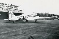 Photo: Colonial Airlines, Douglas DC-3, N21759
