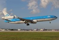 Photo: KLM - Royal Dutch Airlines, McDonnell Douglas MD-11, PH-KCB