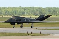 Photo: United States Air Force, Lockheed F-117 NightHawk, 82-0800