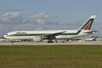 Photo: Alitalia, Boeing 777-200, EI-DBM