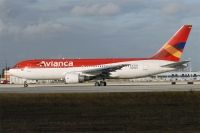 Photo: Avianca, Boeing 767-200, N986AN
