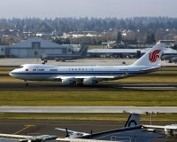 Photo: Air China, Boeing 747-400, B-2409