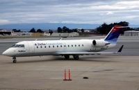 Photo: Skywest Airlines, Canadair CRJ Regional Jet, N915EV