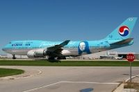 Photo: Korean Air Lines, Boeing 747-400, HL7402