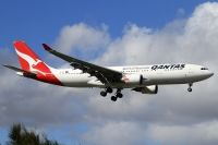 Photo: Qantas, Airbus A330-200, VH-EBF