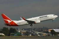 Photo: Qantas, Boeing 737-800, VH-VXD