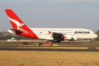 Photo: Qantas, Airbus A380, VH-OQL