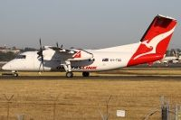 Photo: QantasLink, De Havilland Canada DHC-8 Dash8 Series 200, VH-TQG