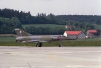 Photo: Swiss Air Force, Dassault Mirage III, R-2105