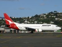 Photo: Qantas, Boeing 737-300, ZK-JNB